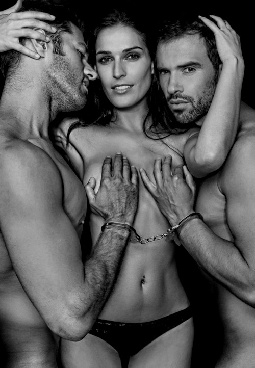 Depending On Whether You Are Male Or Female You Will Feel Swingers Lifestylellvclub Threesome